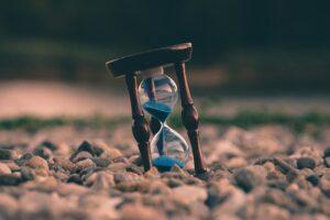 Saving time with an hour glass